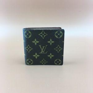 Preowned Louis Vuitton Monogram Bifold Wallet